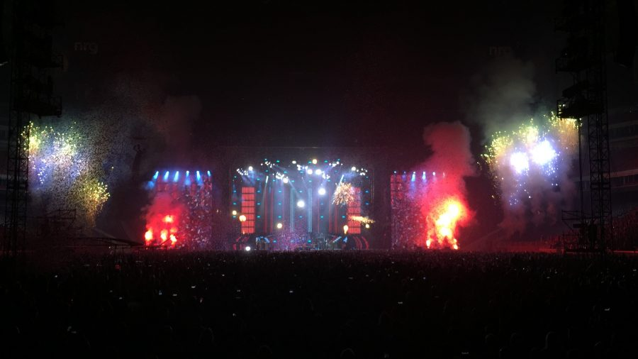 The Finale to a great concert put on by a reunited Guns N Roses