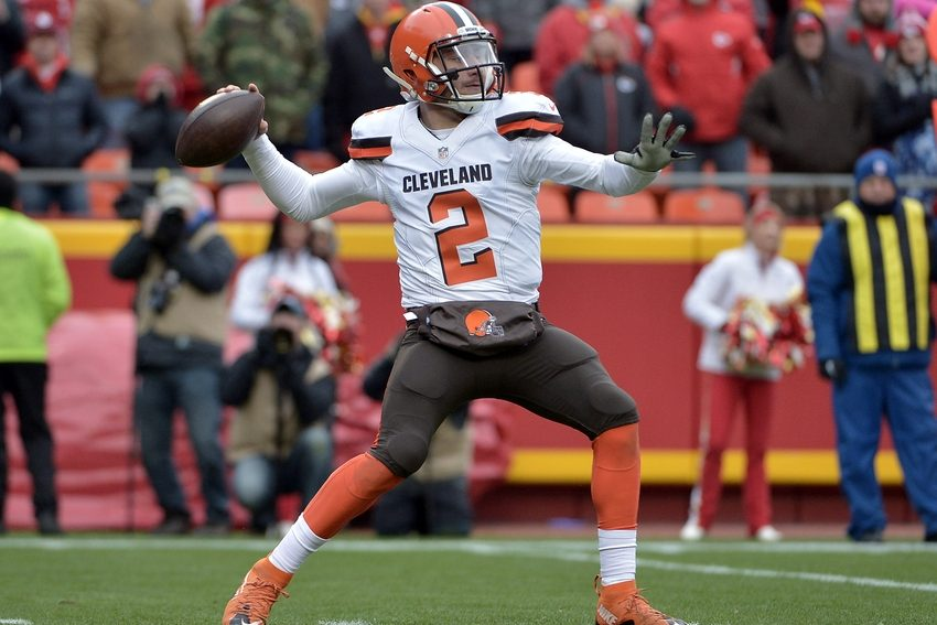 Johnny+Manziel+playing+for+the+Cleveland+Browns.