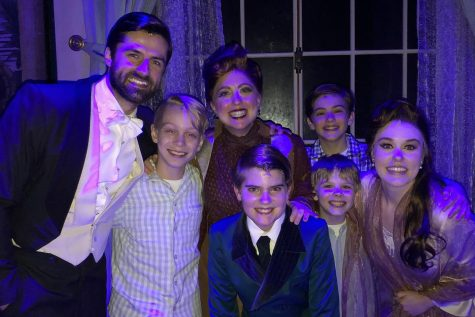 Jeff Sullivan, Ethan Stokes, Emmanuelle Zeesman, Paul Schoeller, Seth Eardly, Brody Bett and Ruby Gibbs backstage of the Finding Neverland tour.